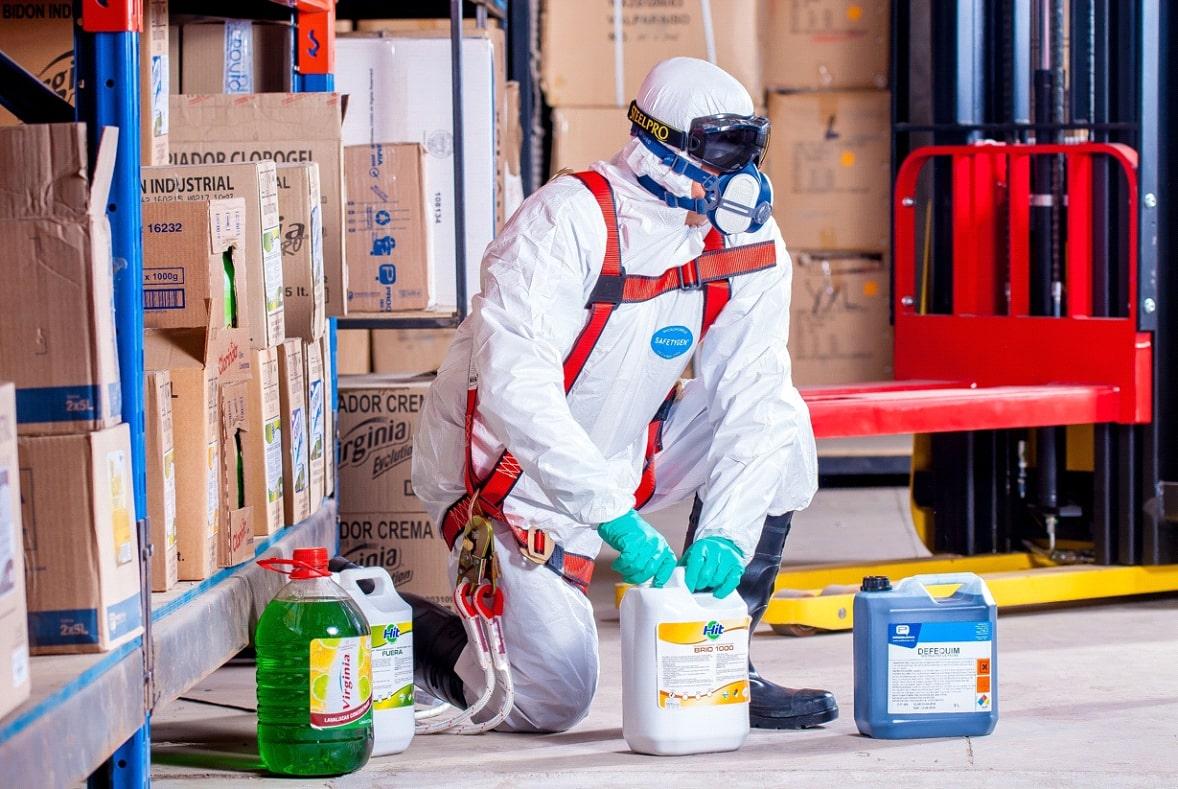 Undgå kemikalierne når du gør rent
