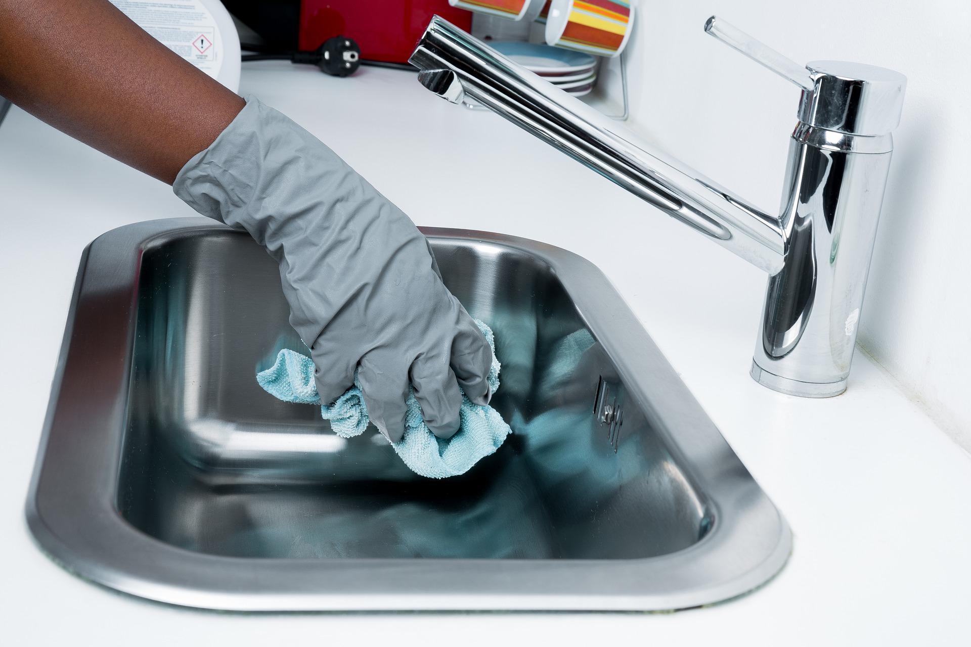 Kombinér knofedt og professionelle rengøringsmidler og opnå skinnende rene resultater!